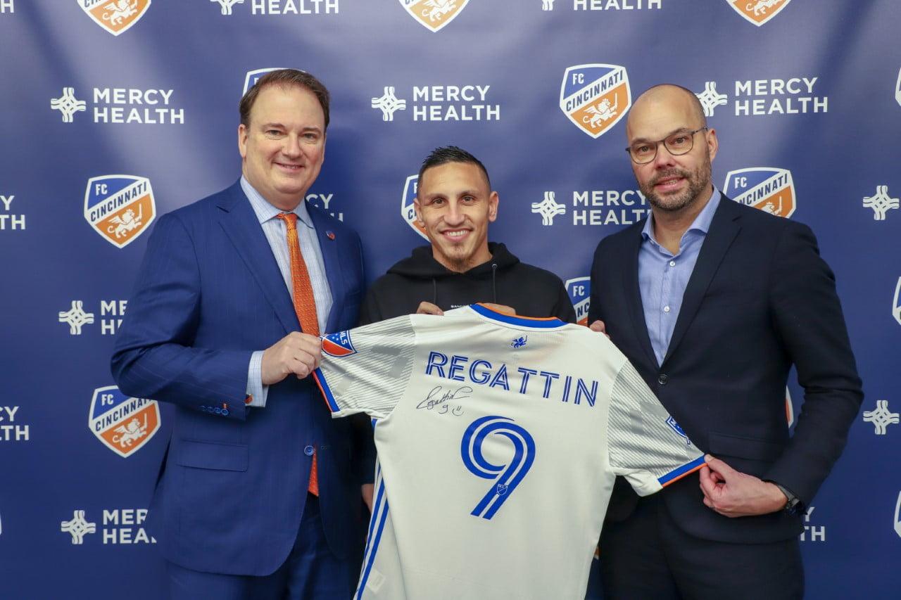 Sign Regattin- Elite Athletes Agency